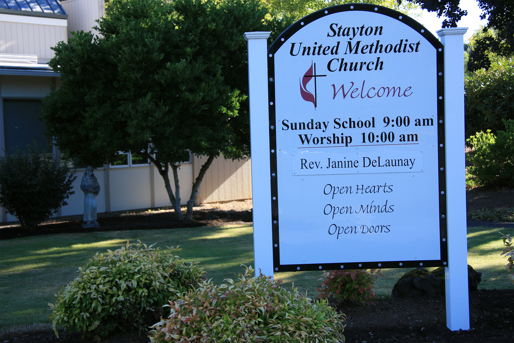 Welcome sign at Stayton United Methodist Church